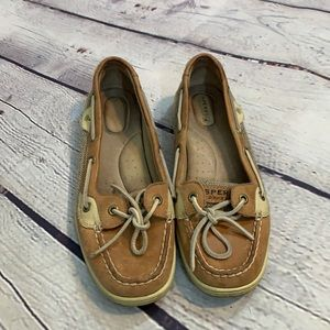 Sperry boat shoes size 8